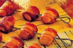 Receita de Espetinho de frango com bacon em receitas de aves, veja essa e outras receitas aqui!