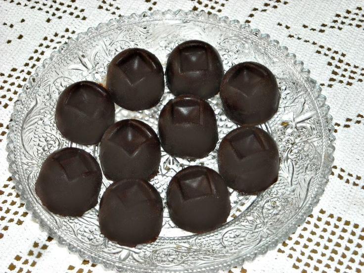Cioccolatini ripieni di crema ganache al baileys