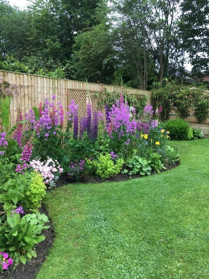 Top 5 Incredible Flower Beds Ideas To Make Your Home Front Yard Awesome