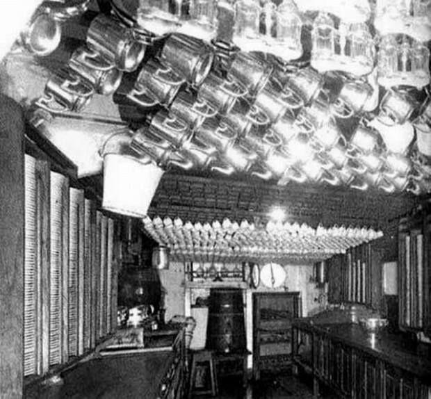 1912: Kitchens of the Titanic