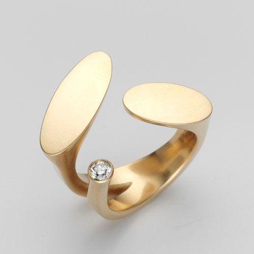Ring by Angela Hübel