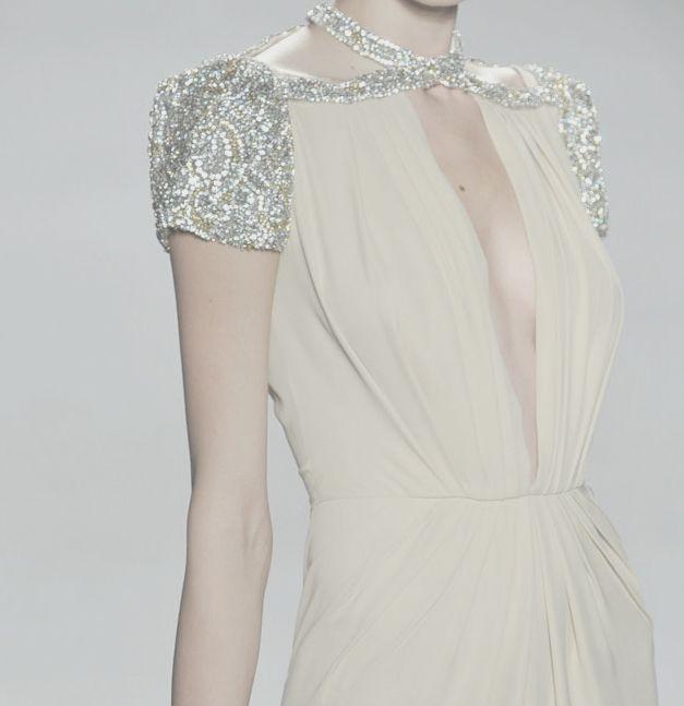 gorgeous neckline detail