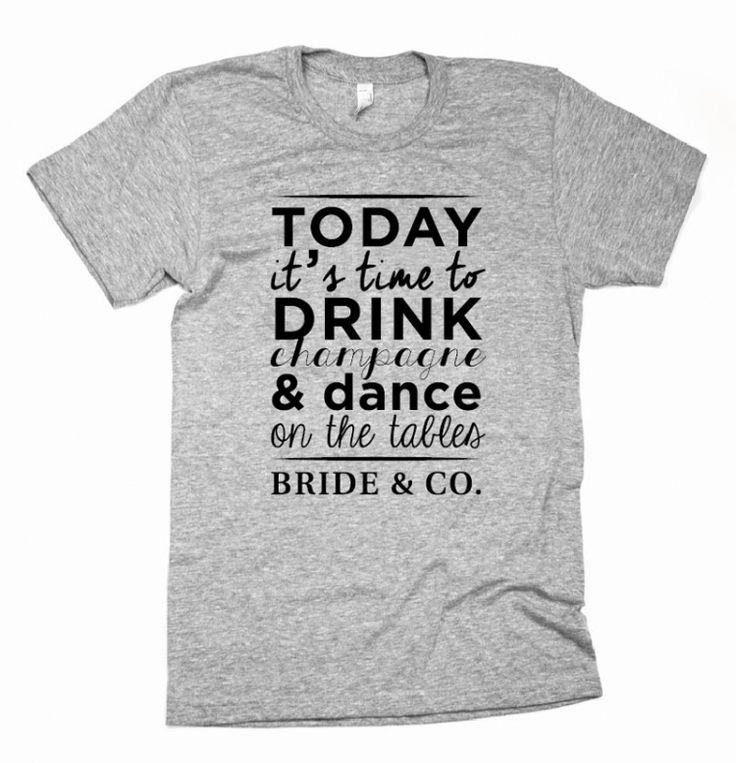 T-SHIRT PARTY T-shirt personalizzate per festeggiare con stile! Dress your style! Felpe, t-shirt, polo, canottiere personalizzabili con grafica e testi per i tuoi eventi; feste a tema, addio al nubilato/celibato, compleanni, party! Questa è il modello BRIDE & CO. È stata realizzata sia la maglietta, in bianco per la sposa e grigia per le amiche, che la felpa coordinata colore Tiffany; potete averla in qualsisi colore e modello.