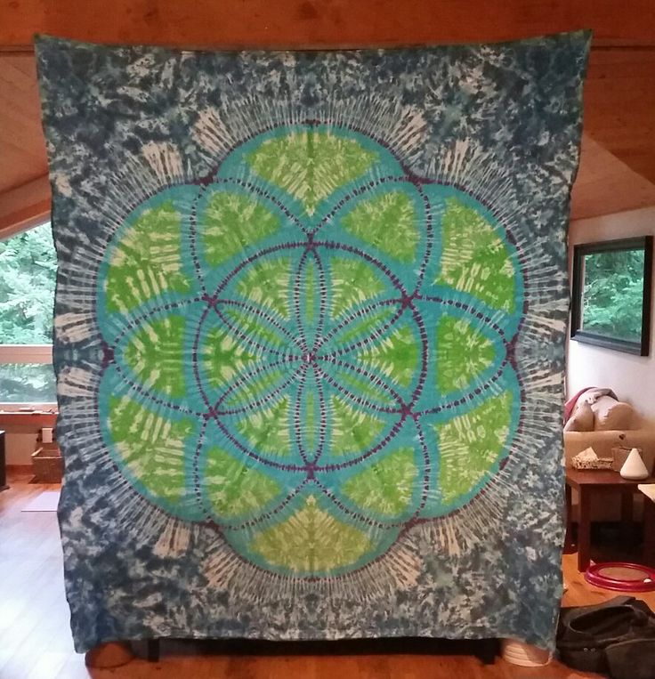 Seed of life tie dye tapestry.  Tonystiedyes.com