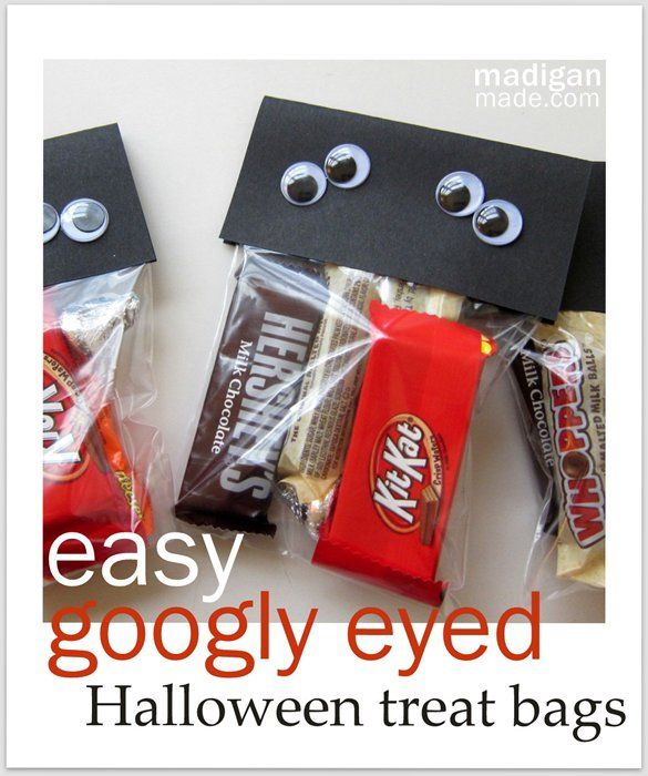a simple googly eyed craft for halloween treats directions at madiganmadecom - Pinterest Halloween Treat Bags