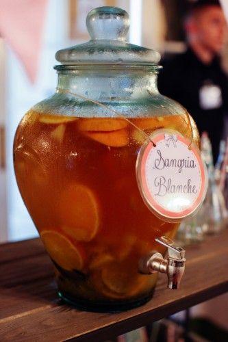 Bonbonne jarre avec robinet 12 litres en verre mariage champêtre sangria blanche