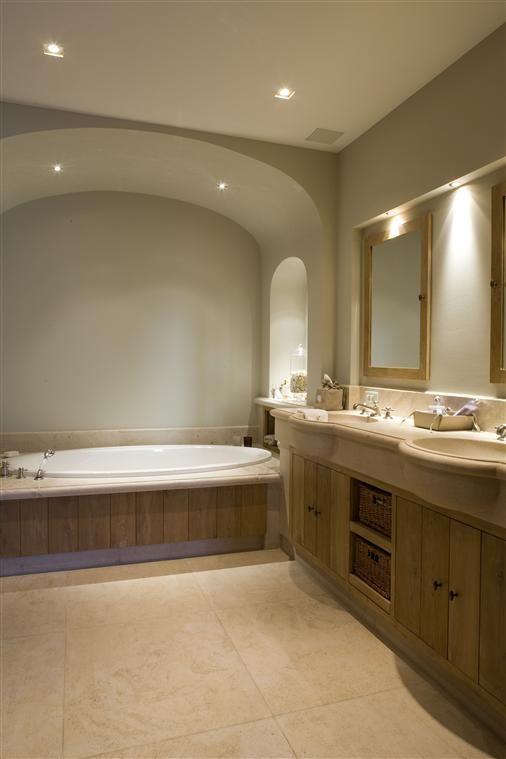 Bourgondisch kruis rustieke bouwmaterialen realisaties badkamer badkamer pinterest - Moderne badkamer betegelde vloer ...