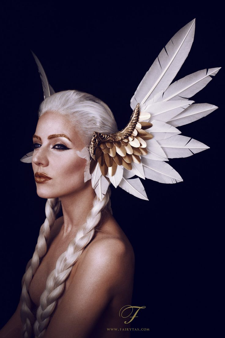 Valkyrie headdress by Jolien-Rosanne