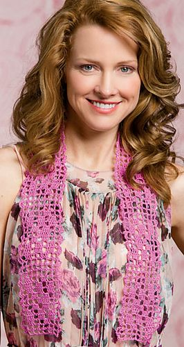 Crochet World Magazine, June 2014, is available on the magazine rack.  Filet Flowered Scarf pattern by Cindy Adams