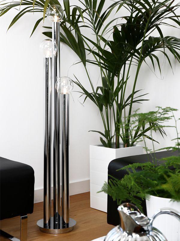 Torch golvlampa är en riktigt cool lampa som de kallar för loungemodellen med sina tre ljuskällor i olika höjder. https://buff.ly/2y7mMzy?utm_content=buffer91d2d&utm_medium=social&utm_source=pinterest.com&utm_campaign=buffer
