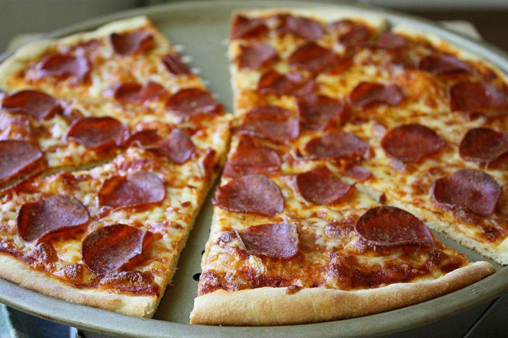 Best Pepperoni Pizza Ever! (Super Crispy Crust) from a former talk show host Jenny Jones