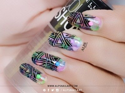 Nail art tutorial for Water color nails using distressed nails aka dry brush nail art technique featuring BPS Geometric nails decal by @alpsnailart