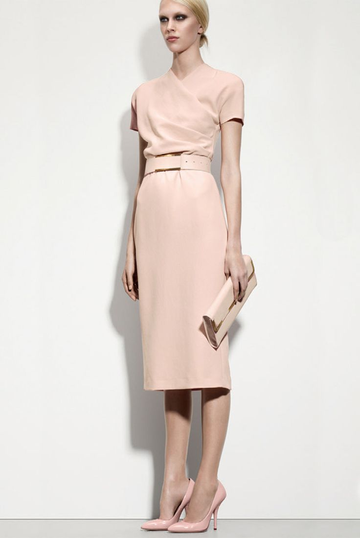 Love this dress but not in this colour. Perfect for in and out of the  office. Petale crepe japponaise dress by Bottega Veneta: