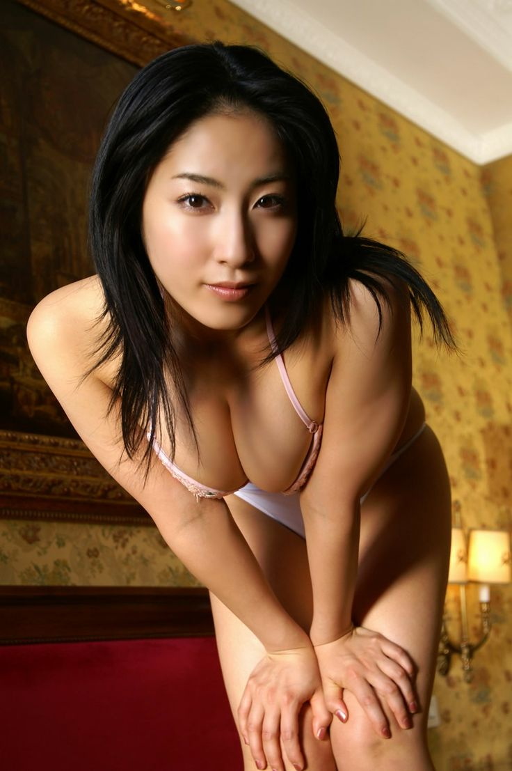 castelnuovo di porto single asian girls A very well preserved and genuine old town close to rome very nice people,  good restaurants and cofee shops, relaxed athmosfere wery romantic at night for .