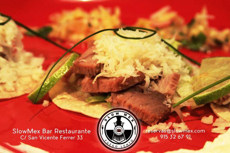 Tacos con tortillas caseras - Cerdo asado al limón con pico de gallo de piña #Slowmex #madrid 915326791Hmmmmmm #Tacos
