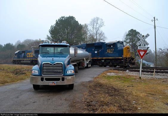 RailPictures.Net Photo: CSXT 4577 CSX Transportation (CSXT) EMD SD70MAC at Roanoke, Alabama by Brandon Kirk
