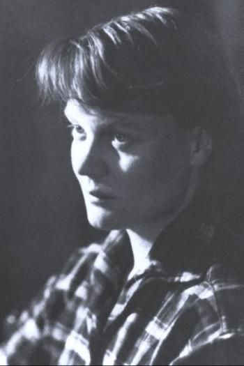 """I think being a woman is like being Irish... Everyone says you're important and nice, but you take second place all the time."" Iris Murdoch"