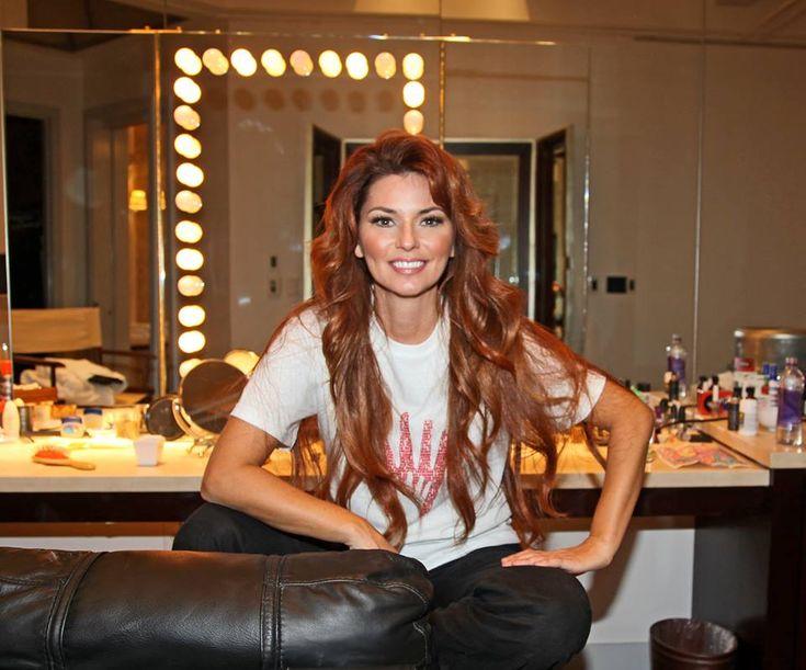 Get A Signed T-Shirt From Shania Twain! - Celebrities Do Good   Celebrities Do Good