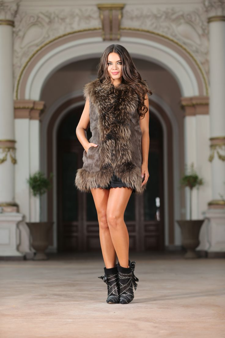 Ilene  The nicest fur this fall is signed Vero Milano. The natural fur vest is simply divine over a pair of leather leggings or your favourite skinny jeans. Made from genuine rabbit and fox fur, the vest is long and hangs past the waist, making it the exact statement piece you've been looking for. The rustic and natural color of the fur leaves you with little need to accessorize. This is a top that speaks for itself. Composition: 100% real fur