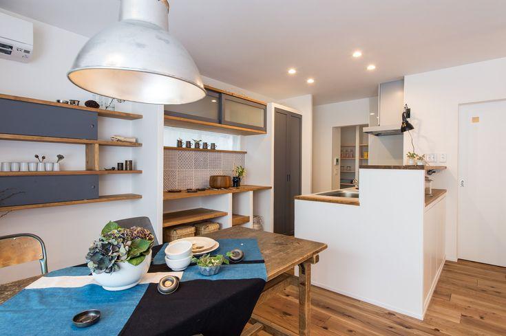戸建てリノベモデルハウス RENONE ダイニング#takanohome#タカノホーム#福岡#リノベーション#renovation#戸建てリノベ#モデルハウス#無垢材#自然素材の家#ていねいな暮らし#リビング#living-room
