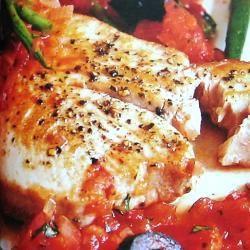 Filetes de atún en salsa tomate @ allrecipes.com.mx