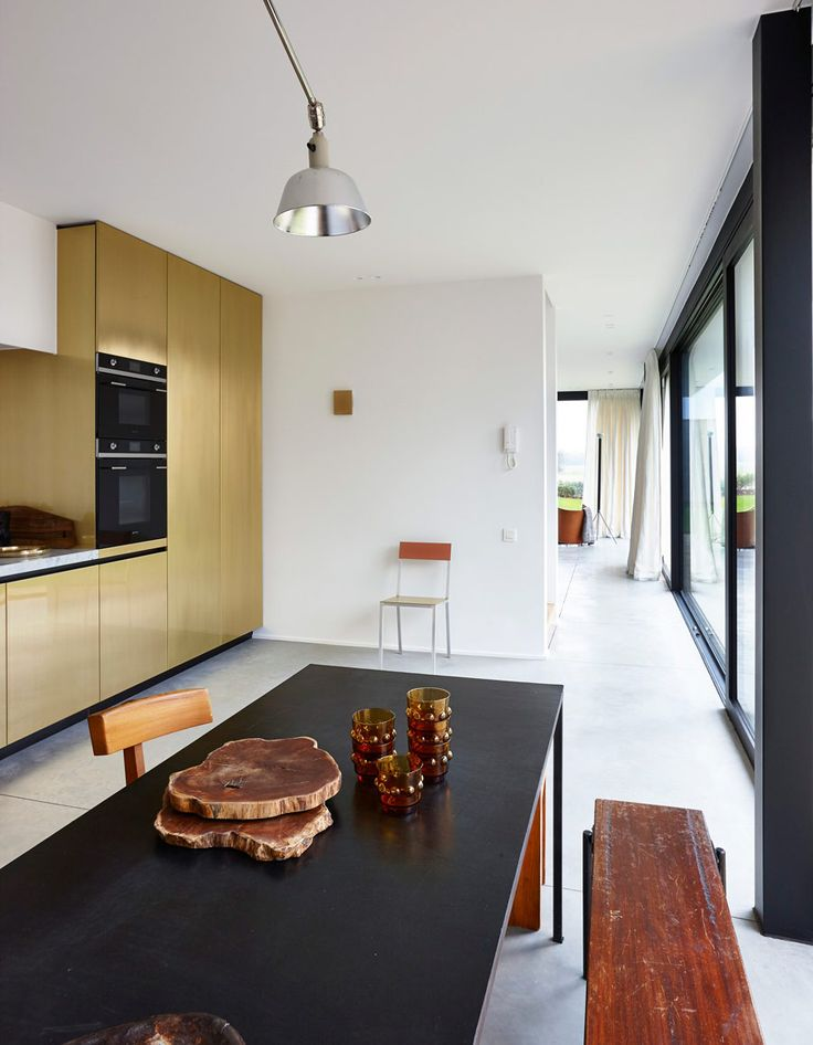 Frederic Hooft has a nice portfolio and house number 91 one caught my  attention. These  Modern Kitchen ...