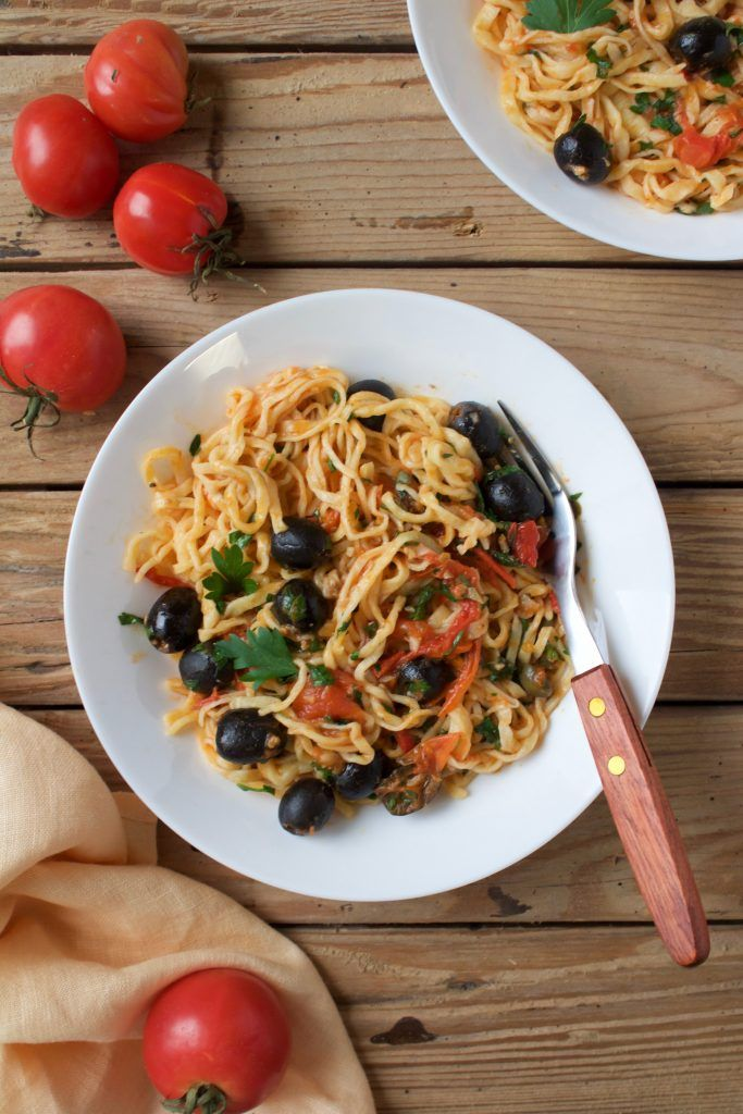 Spaghetti alla puttanesca. Simple recipe for a quick and delicious meal.