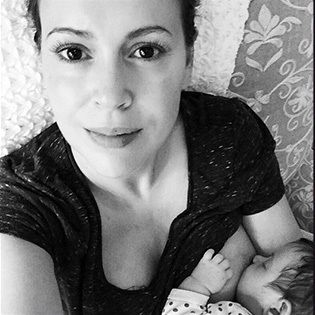 What Makes Alyssa Milano's Breastfeeding Photo So Gorgeous
