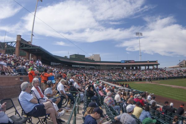 San Francisco Giants 2015 Spring Training Schedule for Cactus League games in Scottsdale Stadium: tickets, seating charts, ballpark information