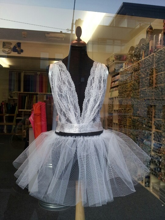 30 days - 30 photos. Day 19. I work near an alteration place, they always have stuff on the dressmakers doll in the window. Some nice, some downright weird. This weeks offering.... I mean, who would wear this??!!
