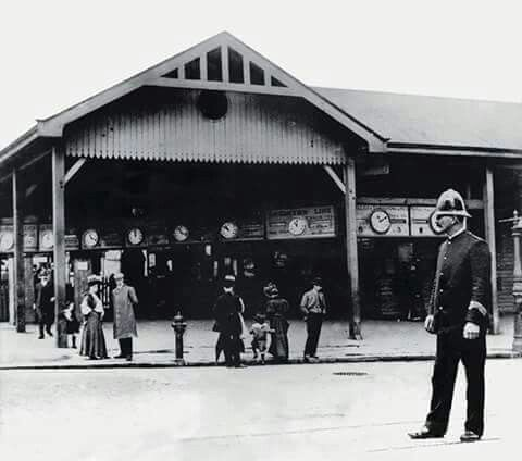 Flinders Street Station,Melbourne, Victoris in the 1890s.
