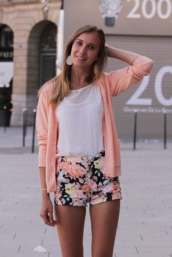 Floral shorts and matching cardigan, casual outfit