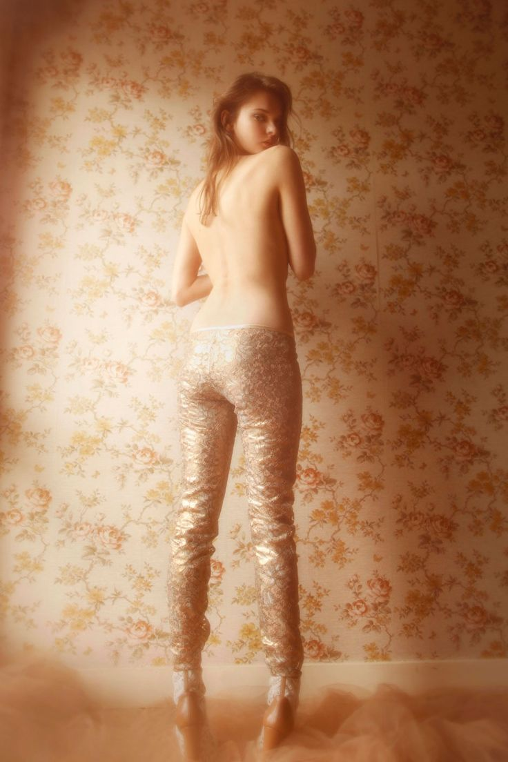 Kersti by Vivienne Mok   Felice Art Couture: Lace Skinnies, Demi Casual, Small Papers, Wallpapers, Art Couture, Divine Lace, Vivienne Mok