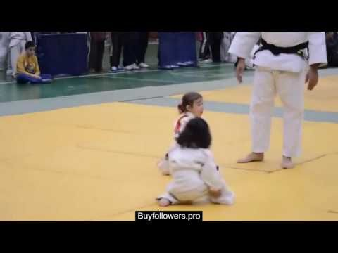 Cutest fight ever - Two baby girls Judo karate fight - YouTube