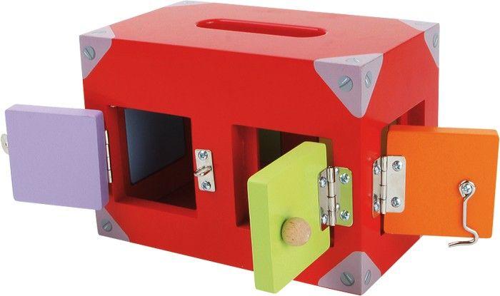 www.malinowyslon.pl Pudełko motoryczne  Pudełko z wieloma kolorowymi oknami i drzwiami. Wszystkie posiadają różnego rodzaju zamknięcia. Ale kto potrafi je otworzyć? Tu wymagana jest spostrzegawczość i cierpliwość. Przez różnorodność zamków ćwiczona jest motoryka. Niełatwe wyzwanie.