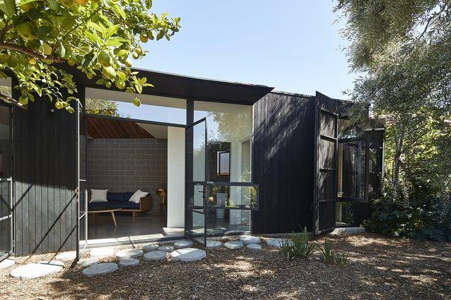 Garden Pavilion by BLOXAS