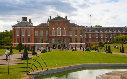 Childhood in Kensington: from the alleys of Kensington Gardens to the corridors of the Palace, you will discover how royal children used to live and play around these parts.