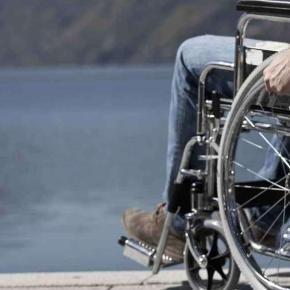 Di Clemente: sedie a rotelle abbandonate ma non vengono date a chi…