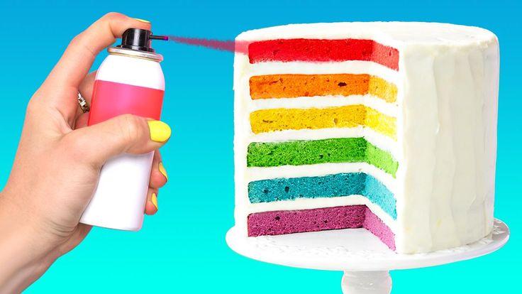 ¡Azúcar, especias y todo lo bueno! ¿Quién está de humor para una dulce y dulce diversión? ¡Hoy te traemos un montón de ideas para la decoración de pasteles, magdalenas y galletas que harán que todos piensen que eres un pastelero! Rainbow Birthday, Birthday Cake, Amazing Life Hacks, Pie Dessert, Cake Designs, I Foods, Vanilla Cake, Cupcake, Cooking Recipes
