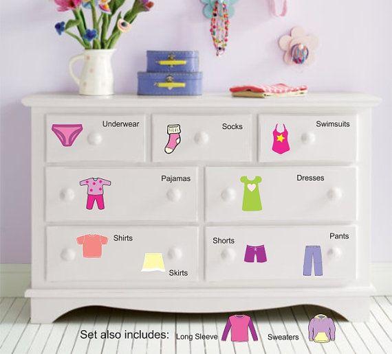 Best 25 girl dresser ideas on pinterest baby girl room for Clothes dresser