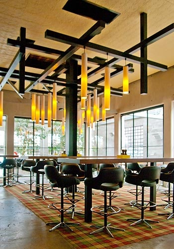 NEWMARKET HOTEL ST KILDA - Space