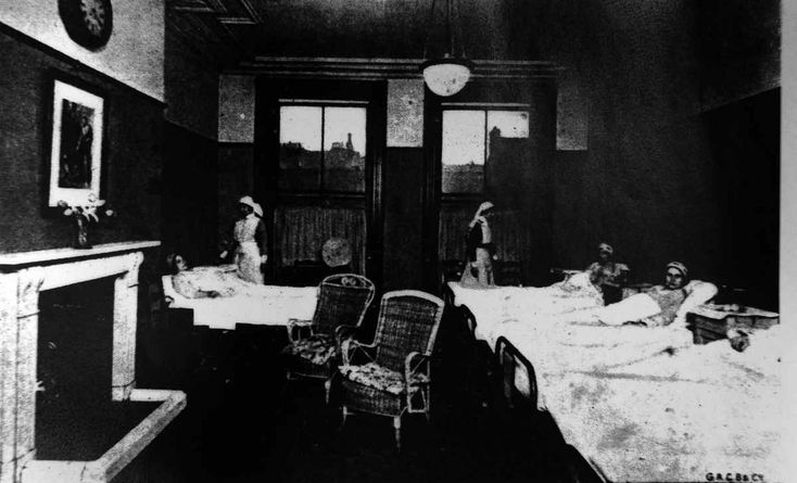 Collect pic of the ante-natal ward in Catherine Street Hospital, which will form part of an exhibition to mark the 18th birthday of the Liverpool Women's Hospital