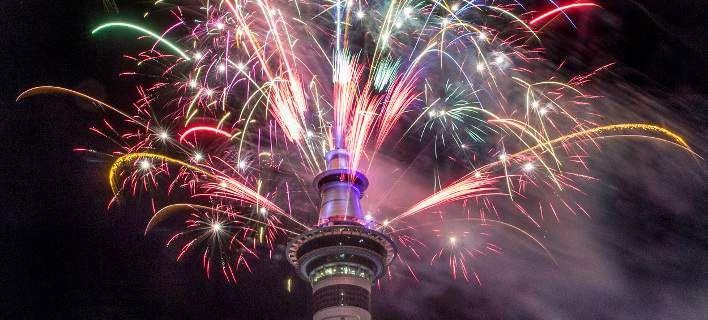 Αυστραλία και Νέα Ζηλανδία καλωσόρισαν το 2017 -Πυροτεχνήματα και μουσική [εικόνες & βίντεο]
