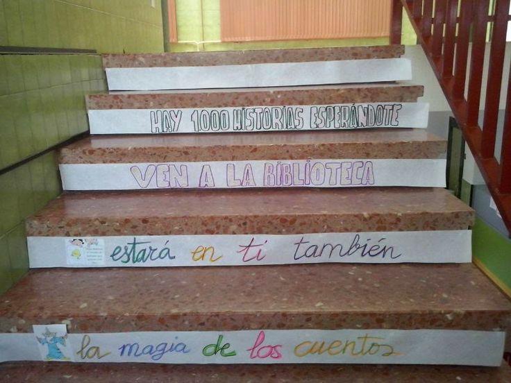 Escalera lectora de sagrario cano para la biblioteca del - Escalera de biblioteca ...