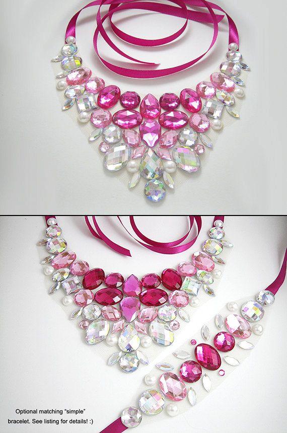 Collana di strass rosa rosa gioiello di SparkleBeastDesign su Etsy