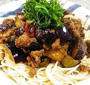 「挽肉茄子のピリ辛素麺」夏はピリ辛素麺。【楽天レシピ】
