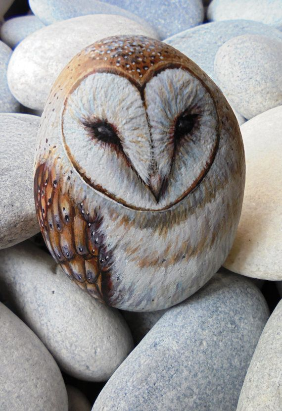 Painted stone Owl ! Is Painted with high quality Acrylic paints and finished with Matt varnish protection.