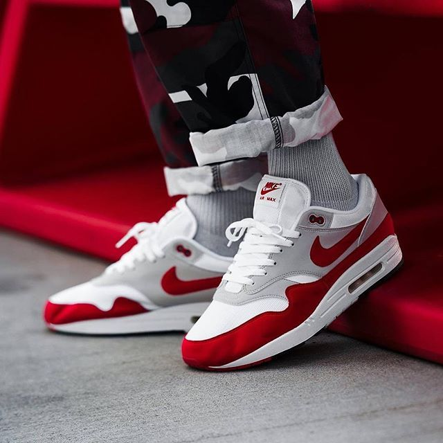 #SADP : @nikesportswear Air Max 1 #OGRed Anniversary by @kane Use the hashtags #SADP and #SneakersAddict for a feature! # #AM1 #AM87 #kicksoftheday #sneakernews #asics