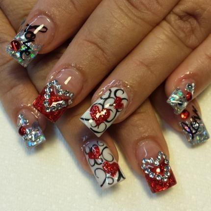 Valentine's Day Nails by @nailsbydvine_.