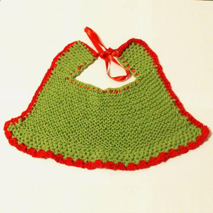 Meraviglioso bavaglino verde e rosso a campana realizzato a mano ai ferri